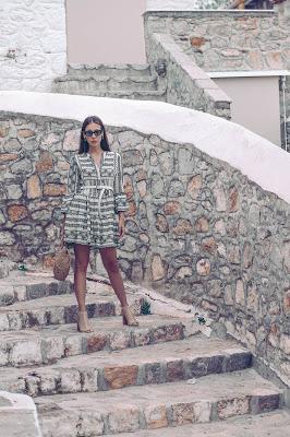 Принт пальмы Модель: Лиа Игам